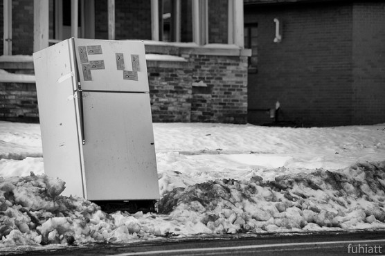 電気代の高い古い冷蔵庫を買い替える (1)