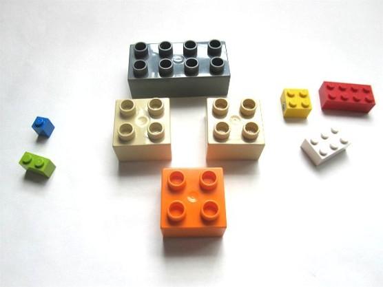 普通のレゴとデュプロの組みあわせ (1)