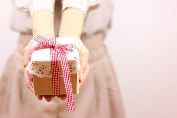 結婚記念日のプレゼント (1)