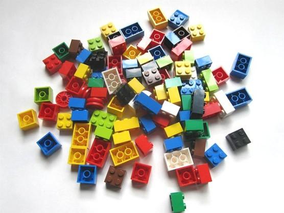 レゴ_基本セット_赤いバケツ (15)