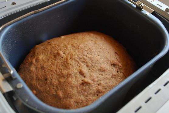 ホームベーカリーで焼きあがるパン