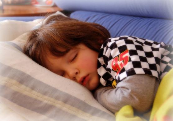 子供が夜すぐに寝る方法 (2)