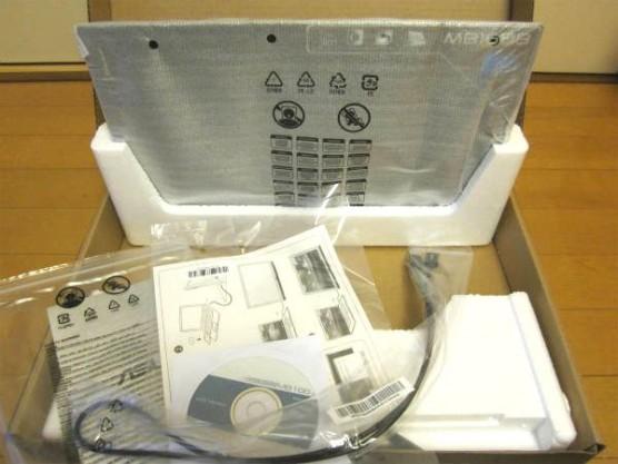 ASUSモバイル液晶モニターMB168B (2)