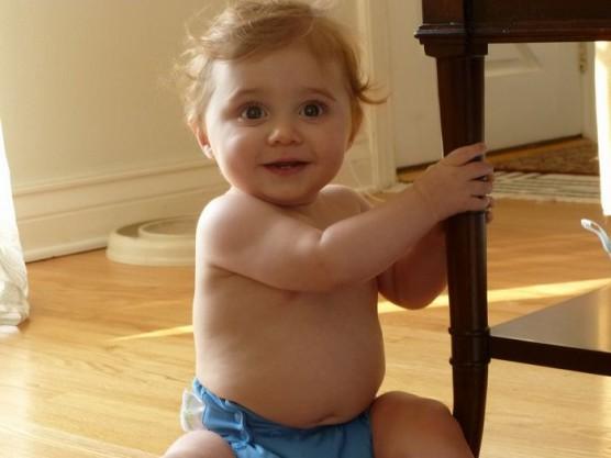 赤ちゃんや子どもの髪を切る (4)