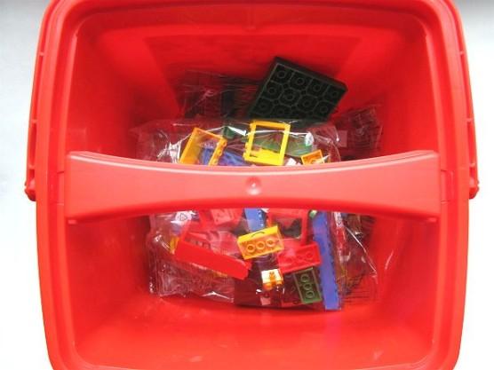 レゴ_基本セット_赤いバケツ (4)