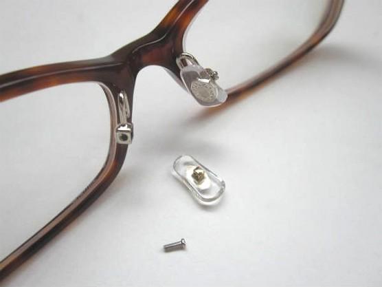 JINSのメガネ (2)
