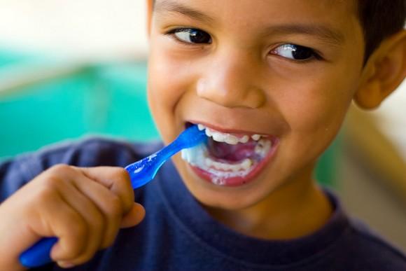 子どもの歯並びは遺伝3が3割 (4)