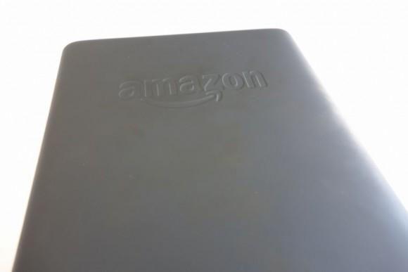 キンドル電子書籍リーダー「Kindle Paperwhite」裏面の汚れ
