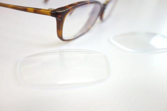 レンズ屋でメガネのレンズを交換してみた (1)