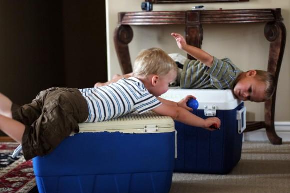 男の子のヒーローごっこを親はやめさせるべきか (3)