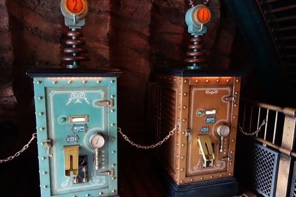 東京ディズニーシーのファストパス発券機