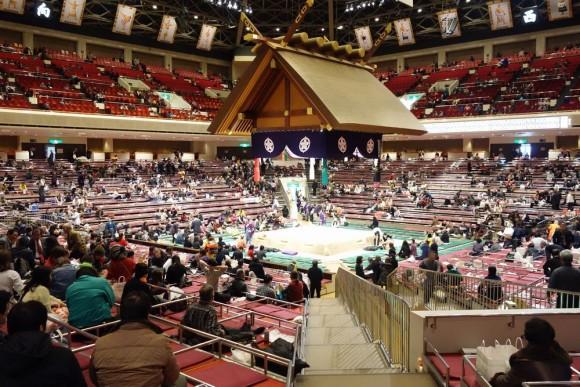 両国国技館の子供連れ相撲観戦 (2)