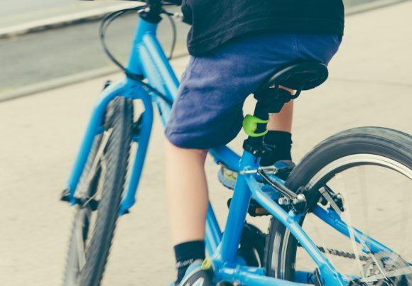 子どもの自転車は親の前と後ろどちらを走ったらいいのか (1)