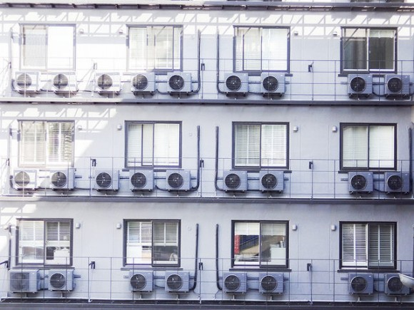 10年前のエアコンと電気代を比較する (1)