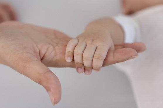 おむつを履いている赤ちゃん (3)